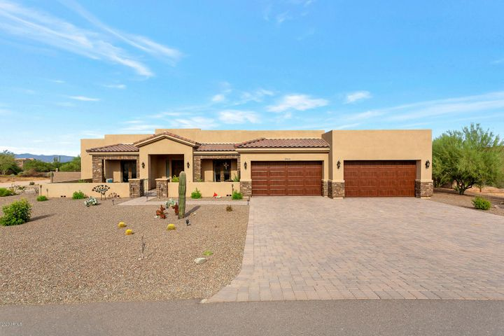 Gorgeous elevated lot with Mtn Views