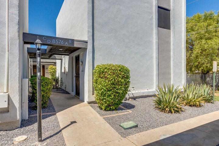 8576 E INDIAN SCHOOL Road, UNIT B, Scottsdale, AZ 85251