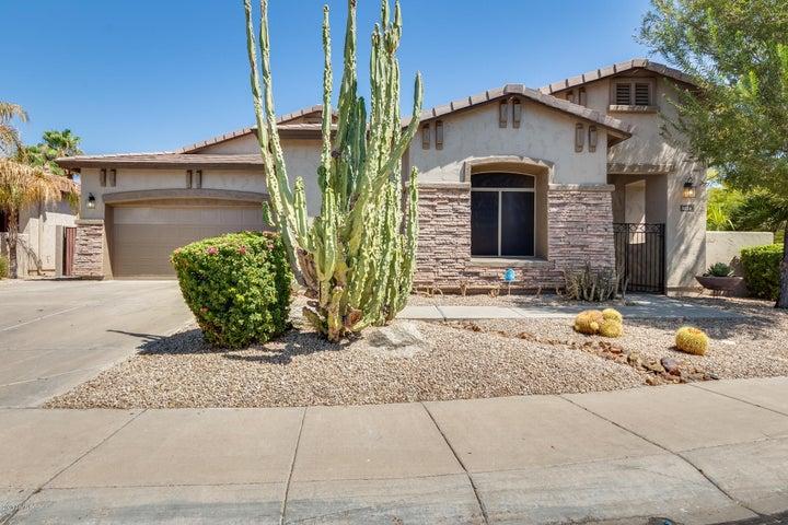 3124 E CAPRICORN Way, Chandler, AZ 85249