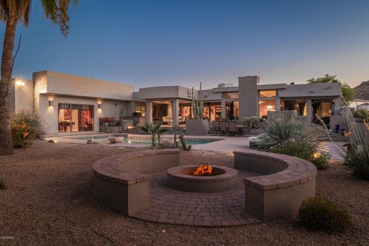 8009 N Ironwood Drive, Paradise Valley, AZ 85253