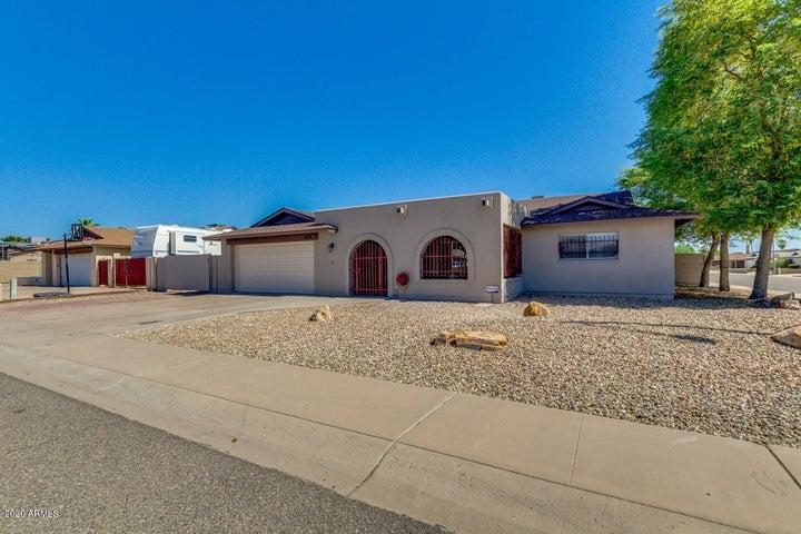 5219 W REDFIELD Road, Glendale, AZ 85306