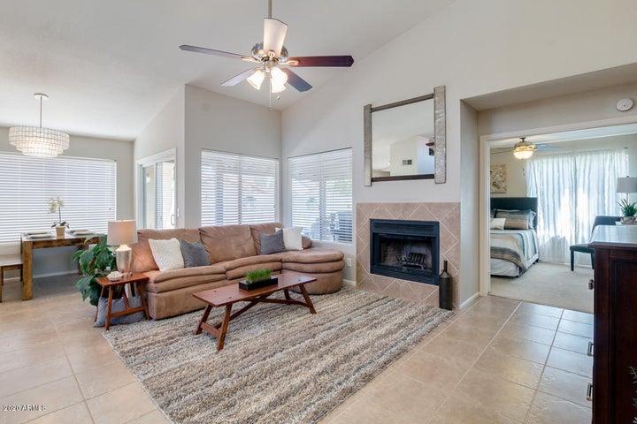 4143 W Gail Drive, Chandler, AZ 85226
