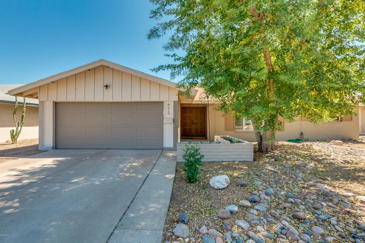 8619 E ANGUS Drive, Scottsdale, AZ 85251