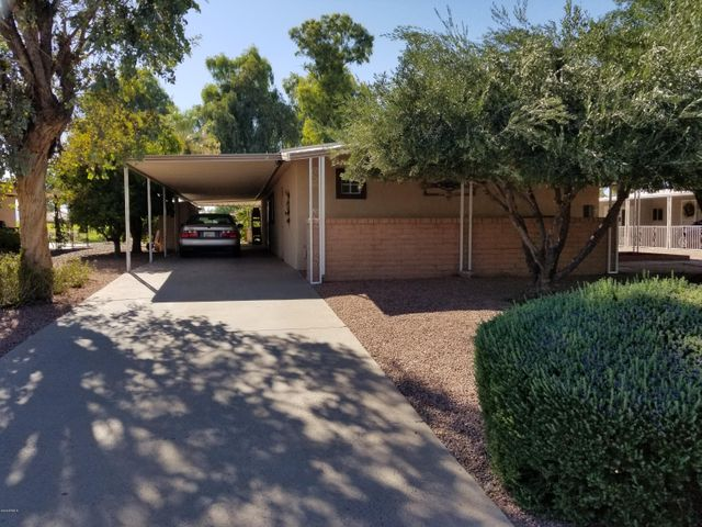 8950 E SUN LAKES Boulevard N, Sun Lakes, AZ 85248