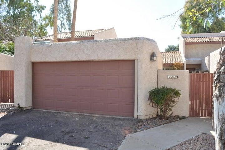 2019 E Solana Drive, Tempe, AZ 85281