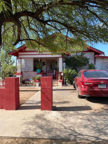 902 E TAYLOR Street, Phoenix, AZ 85006
