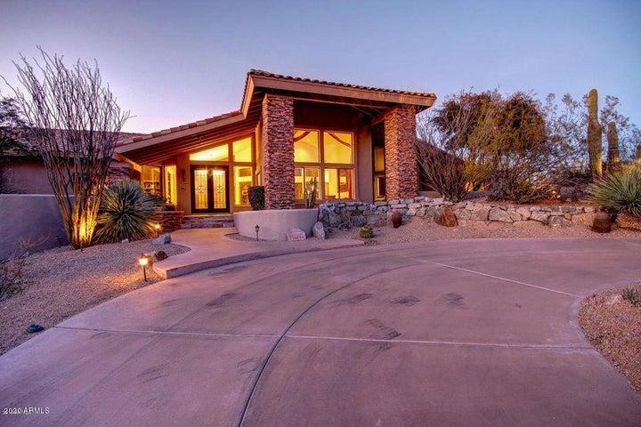 10694 E YEARLING Drive, Scottsdale, AZ 85255