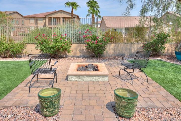 43288 W OSTER Drive, Maricopa, AZ 85138