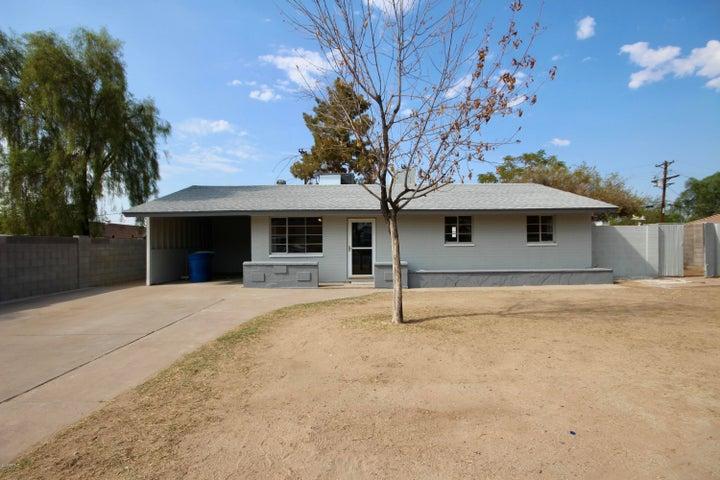 2704 W CARSON Drive, Tempe, AZ 85282