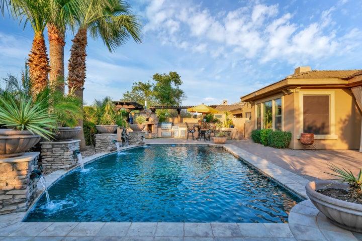 4236 E LOS ALTOS Road, Gilbert, AZ 85297