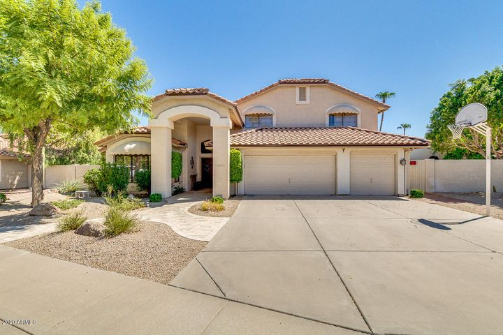1031 S CORAL KEY Court, Gilbert, AZ 85233
