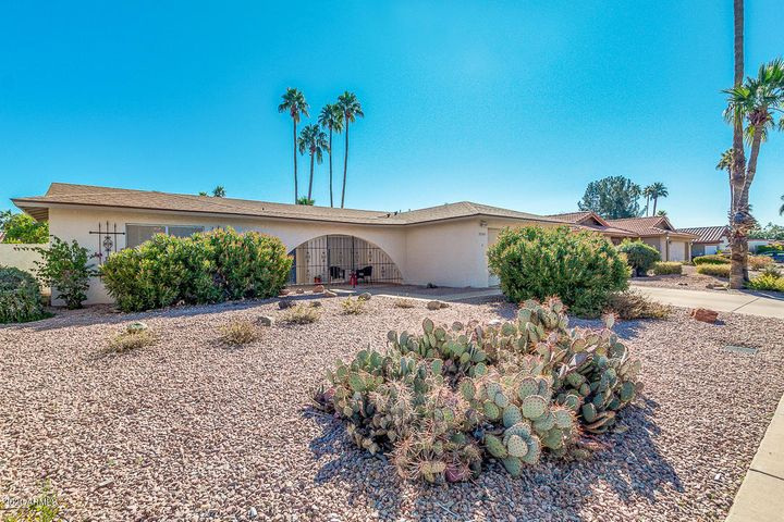 Welcome to this lovely 1908sf 3 Bedroom, 2 bath single level home in McCormick Ranch.