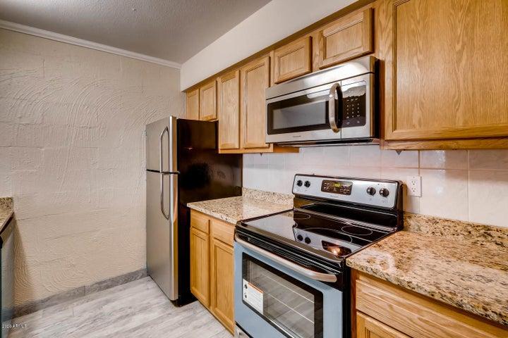 3313 N 68TH Street, 141, Scottsdale, AZ 85251