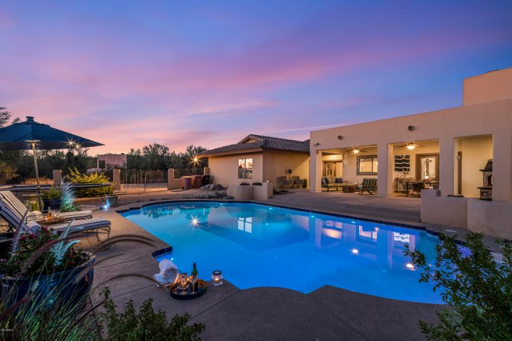 Custom Home On Over One Acre In the Heart Of North Scottsdale's 85255