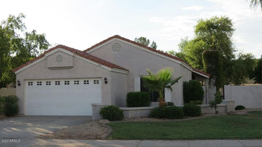 124 S WILLOW CREEK Street, Chandler, AZ 85225