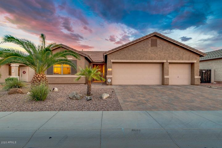 18205 W WEATHERBY Drive, Surprise, AZ 85374