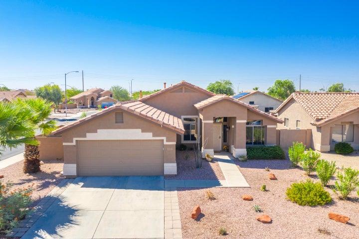10747 W LOUISE Drive, Sun City, AZ 85373