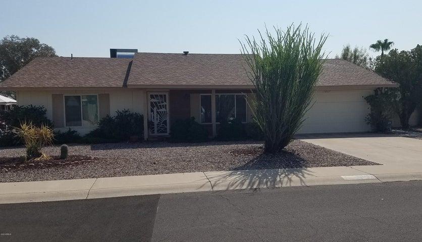 11867 S Half Moon Drive, Phoenix, AZ 85044