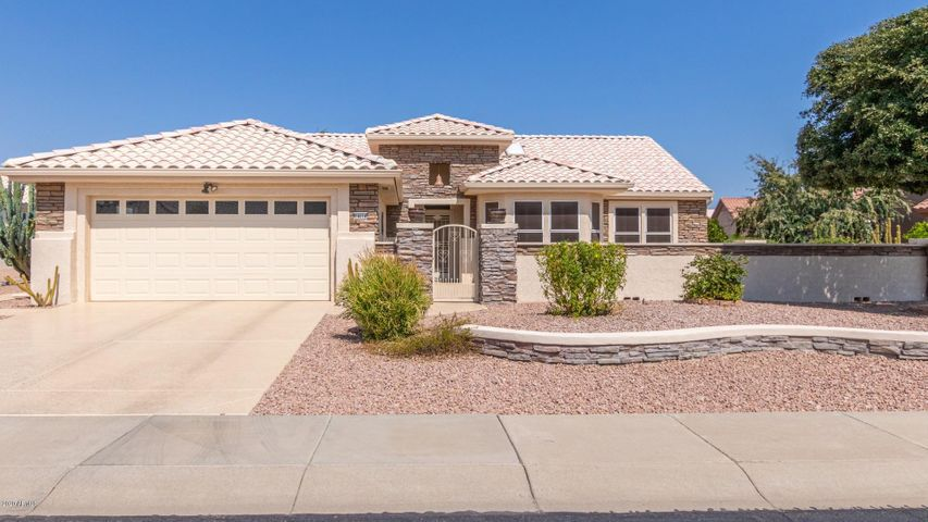 14614 W GUNSIGHT Drive, Sun City West, AZ 85375