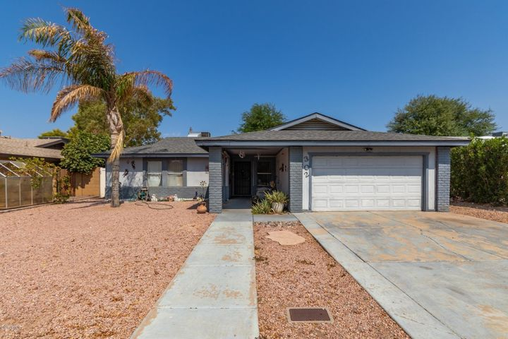 302 W TOPEKA Drive, Phoenix, AZ 85027