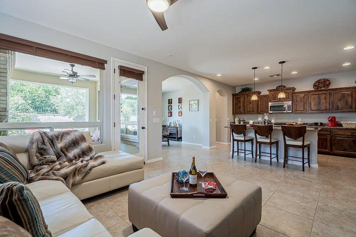 1776 E LADDOOS Avenue, Queen Creek, AZ 85140