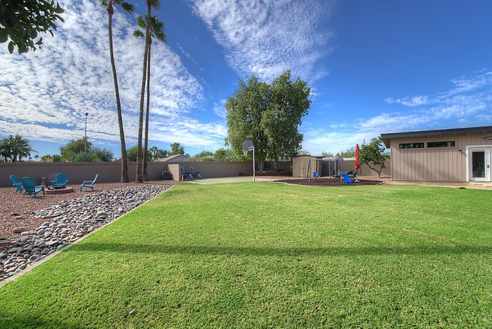 8863 E SHEENA Drive, Scottsdale, AZ 85260