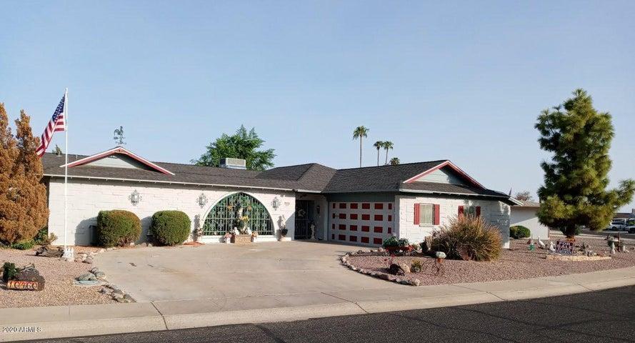 10460 W WININGER Circle, Sun City, AZ 85351