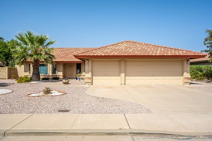5652 E FOX Street, Mesa, AZ 85205