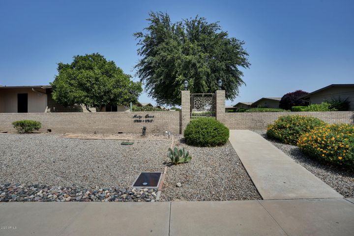 17611 N 102nd Drive, Sun City, AZ 85373