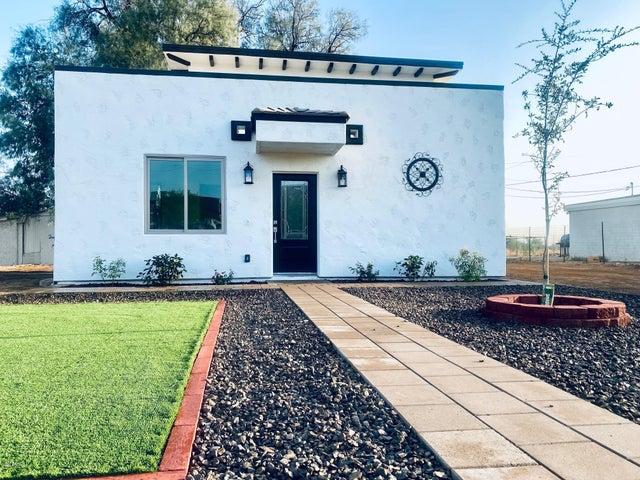 21647 W LAURA Street, Wittmann, AZ 85361