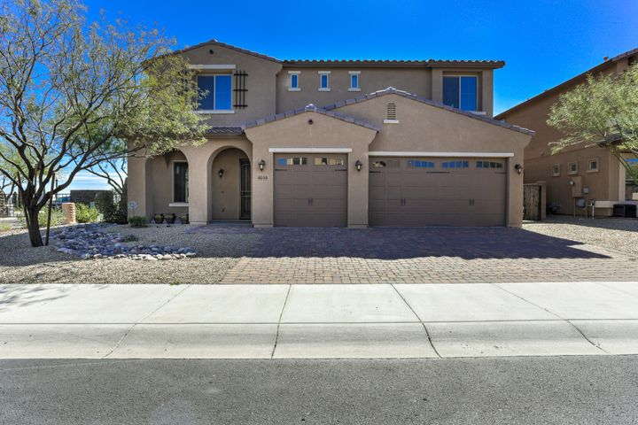 8233 W ROCK SPRINGS Drive, Peoria, AZ 85383