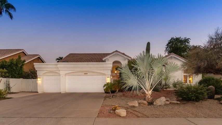 1811 E SOUTH FORK Drive, Phoenix, AZ 85048
