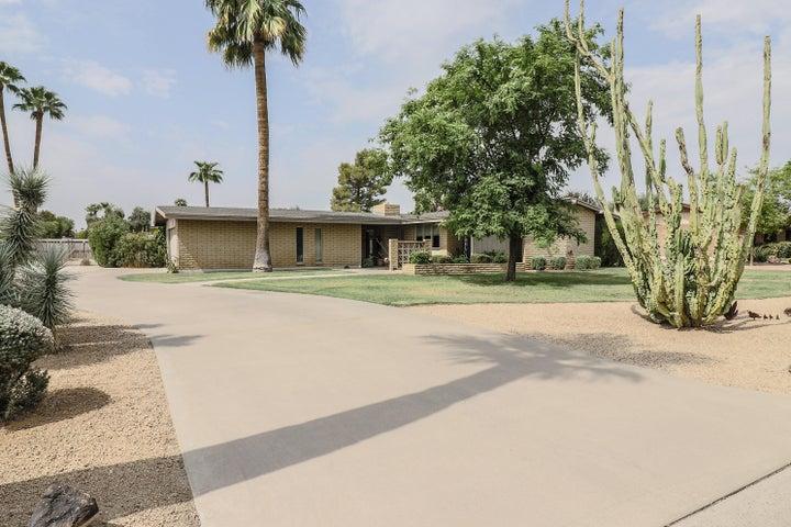 204 N FLORENCE Avenue, Litchfield Park, AZ 85340