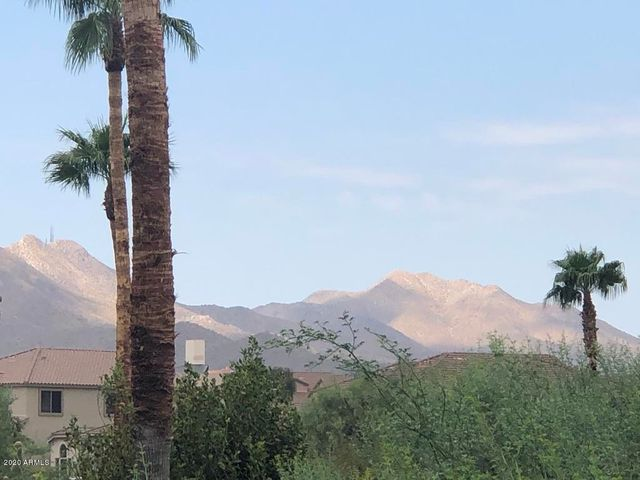 16528 E GUNSIGHT Drive, 104, Fountain Hills, AZ 85268