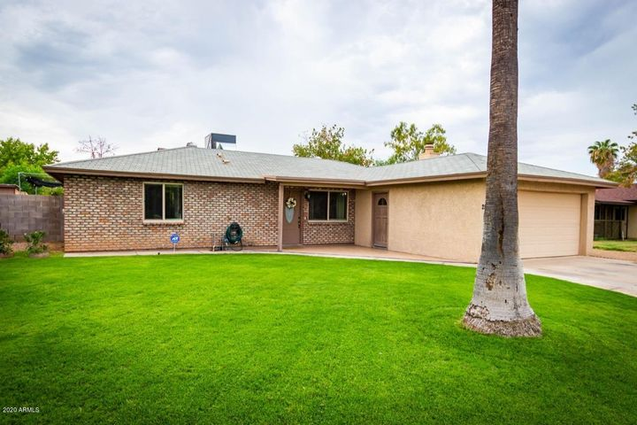 2543 E JUANITA Avenue, Mesa, AZ 85204