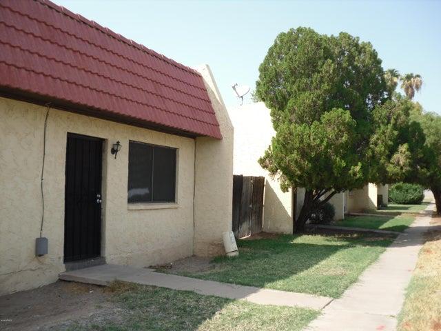 3303 W DEL MONICO Lane, <WOW>, Phoenix, AZ 85051
