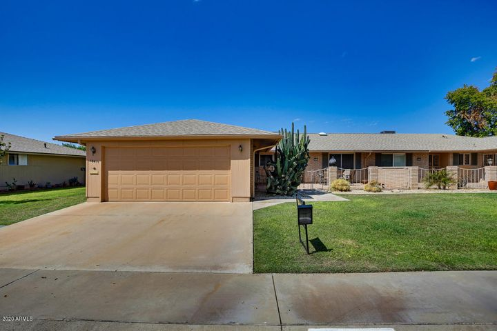 10431 W EL CAPITAN Circle, Sun City, AZ 85351