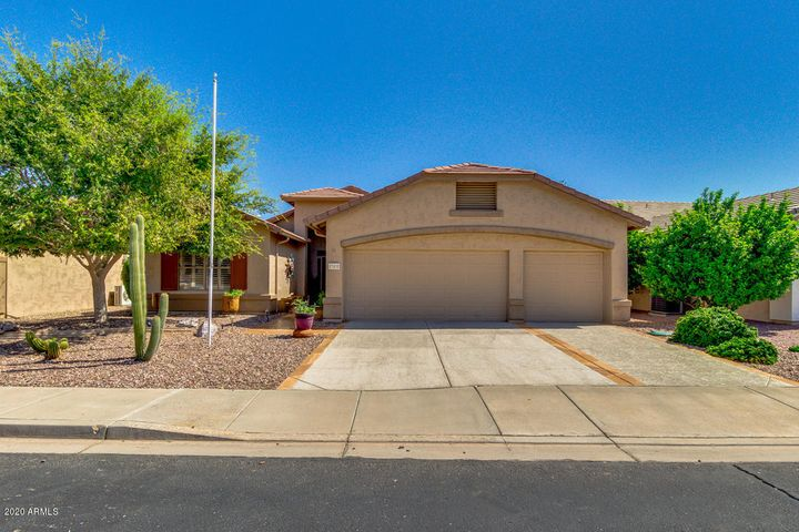 17431 N Goldwater Drive, Surprise, AZ 85374