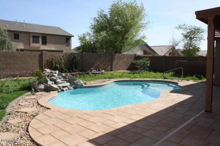 43321 W Courtney Drive, Maricopa, AZ 85138