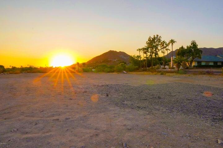 6720 N Joshua Tree Lane, 1, Paradise Valley, AZ 85253