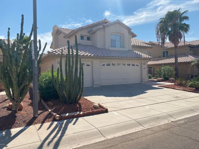 6121 W SAGUARO PARK Lane, Glendale, AZ 85310