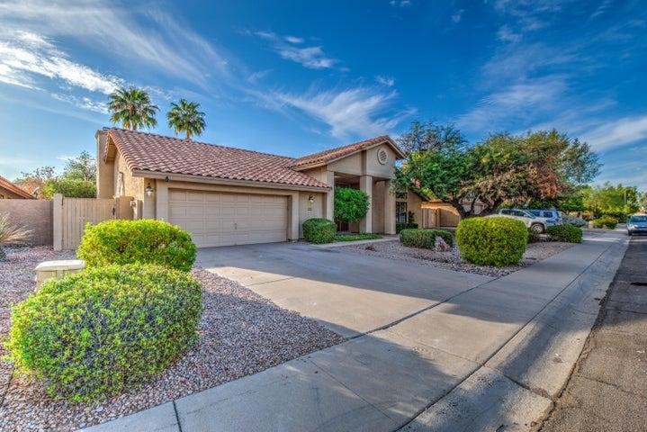 9010 S ASH Avenue, Tempe, AZ 85284