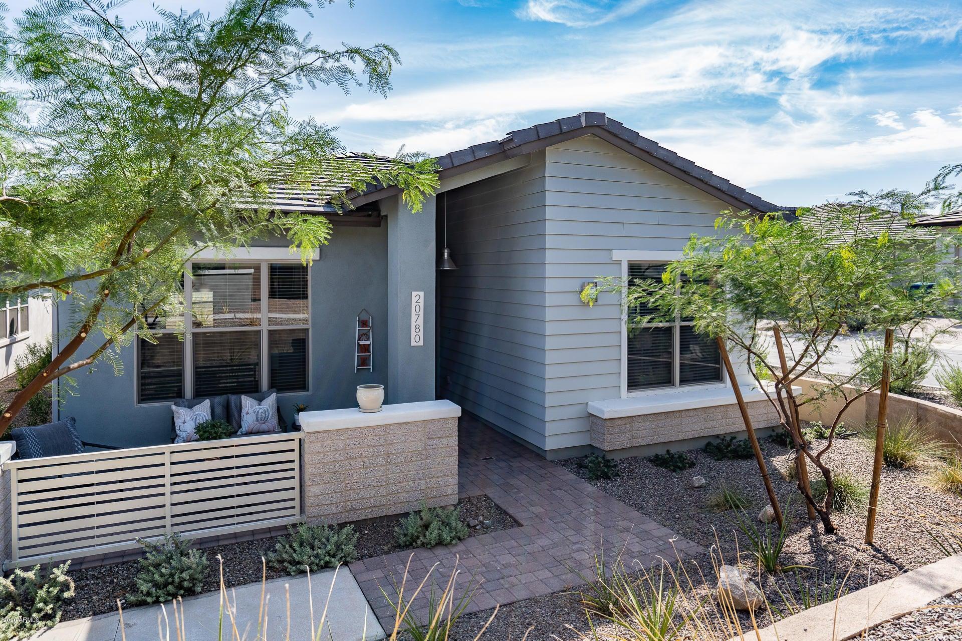 20780 W MEDLOCK Drive, Buckeye, AZ 85396