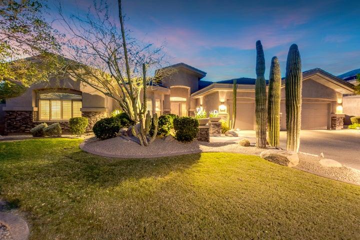110 E DESERT WIND Drive, Phoenix, AZ 85048