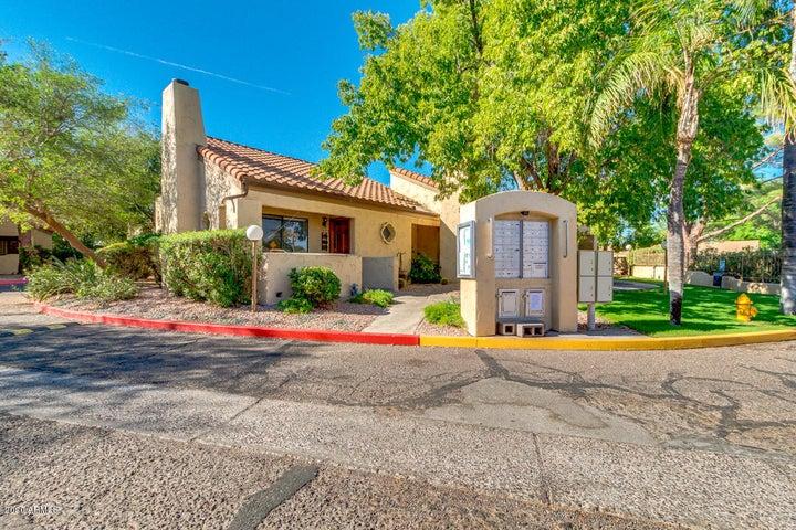 3441 N 31ST Street, 136, Phoenix, AZ 85016