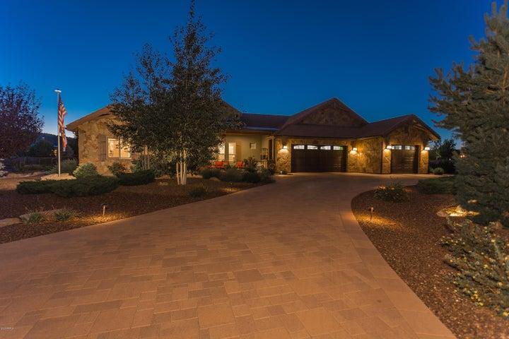 3800 Fallen Oak Drive, Prescott, AZ 86305