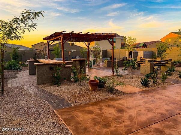 602 W CHAPAWEE Trail, San Tan Valley, AZ 85140