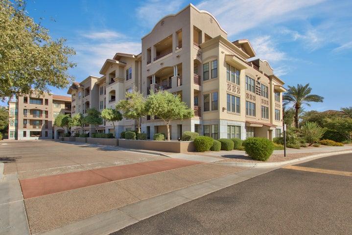 7291 N SCOTTSDALE Road, 2001, Paradise Valley, AZ 85253
