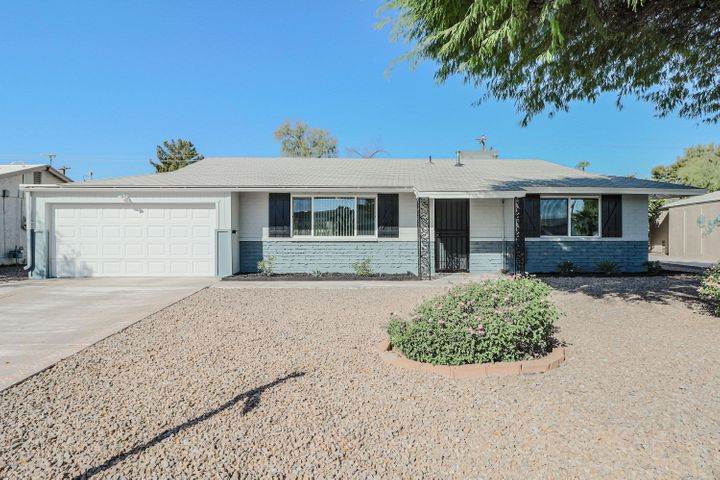 11830 N THUNDERBIRD Road, Sun City, AZ 85351