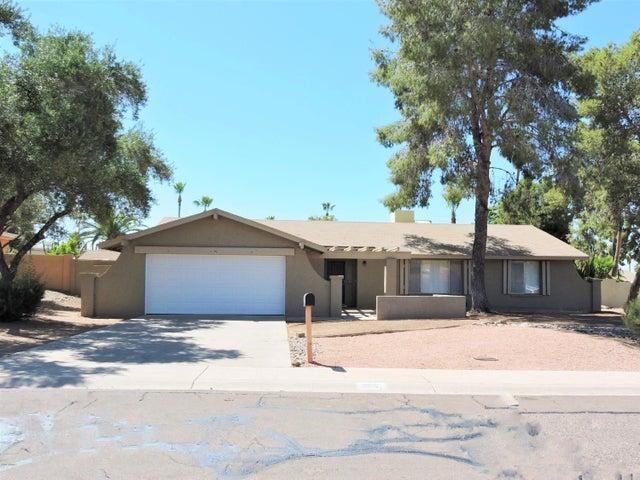 735 E PORT AU PRINCE Lane, Phoenix, AZ 85022